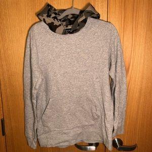 Men's Sweatshirt with camo hoodie